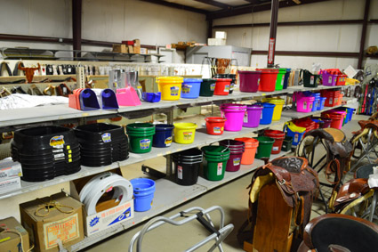 Feeders and Buckets